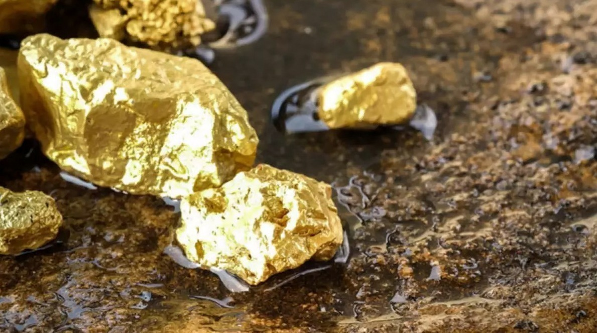 Ouro amarelo na natureza