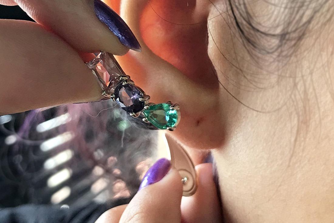 Como colocar brinco ear cuff
