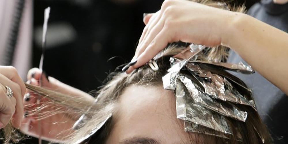 Como recuperar cabelo quebrado com química